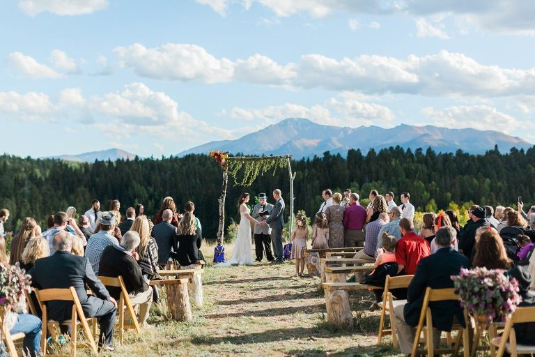 How to Find Unique Wedding Venues in California (or anywhere, really!) | How to find unique wedding venues for the boho bride