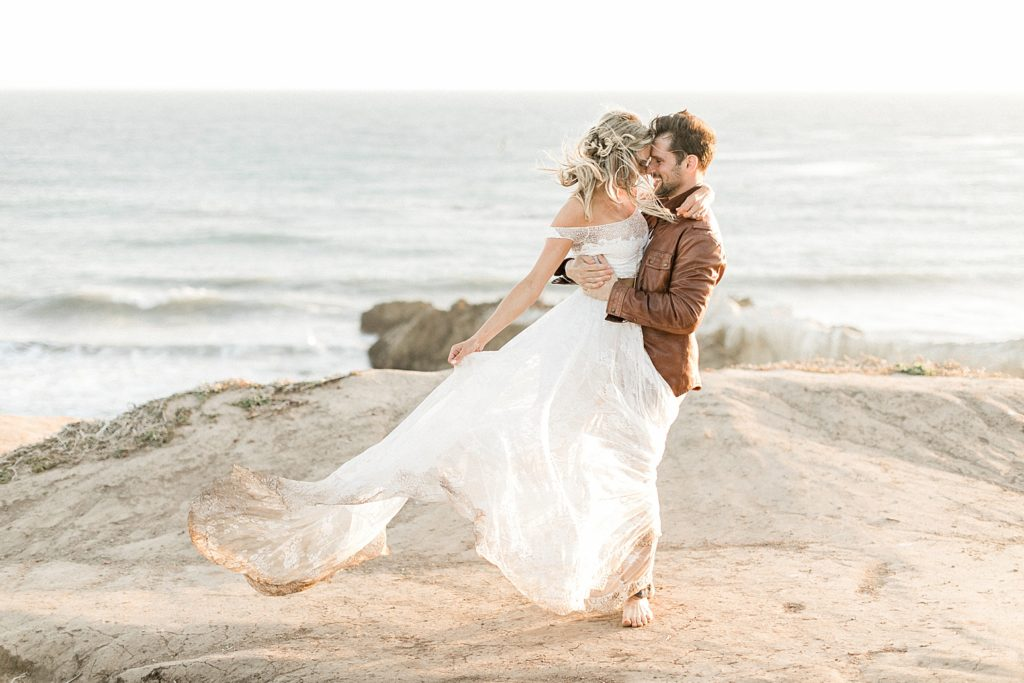 Malibu cliff wedding